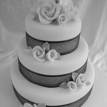 medium_cake.jpg