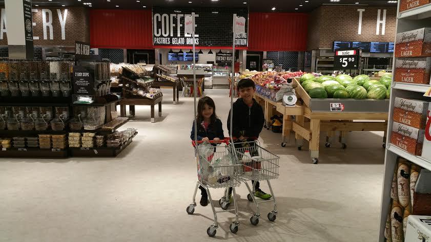 Winn-Dixie Kids with carts