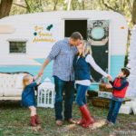 10 Tips on What to Wear for Your Family Photos