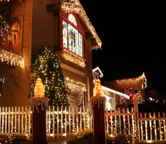 Cruising for Christmas Lights