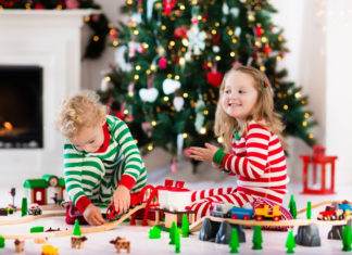 How to Cut the Toy Clutter this Holiday Season